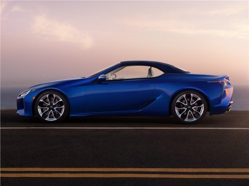Lexus LC 500 Convertible 2021 вид сбоку