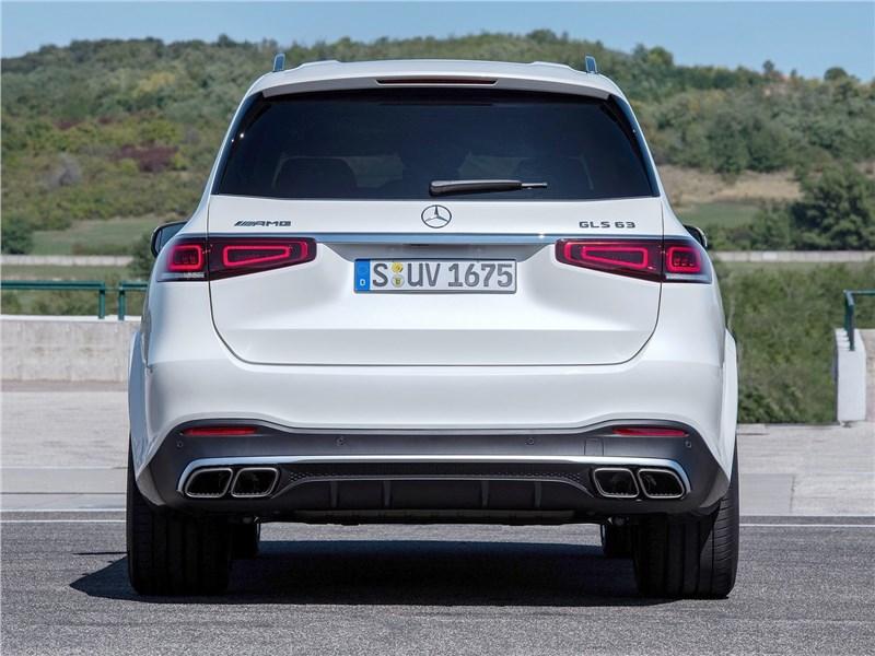 Mercedes-Benz GLS63 AMG 2021 вид сзади