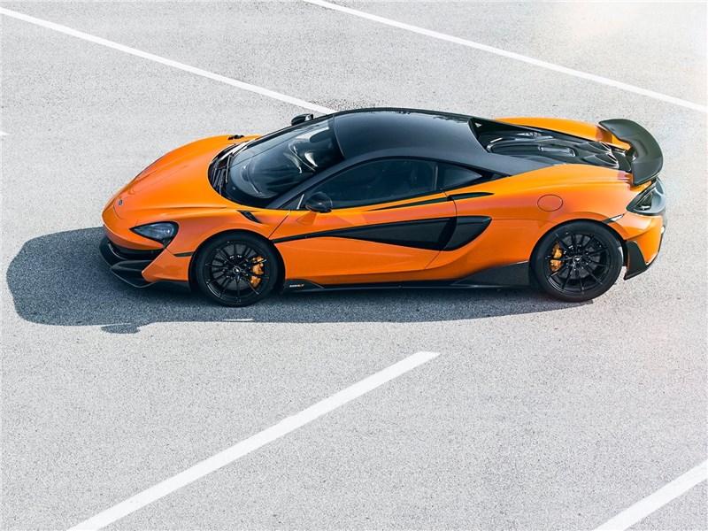McLaren 600LT 2019 вид сверху сбоку