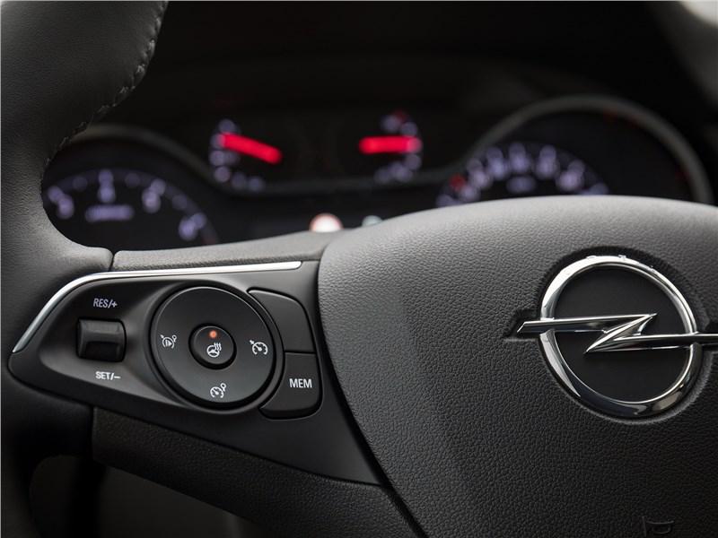 Opel Grandland X 2018 руль