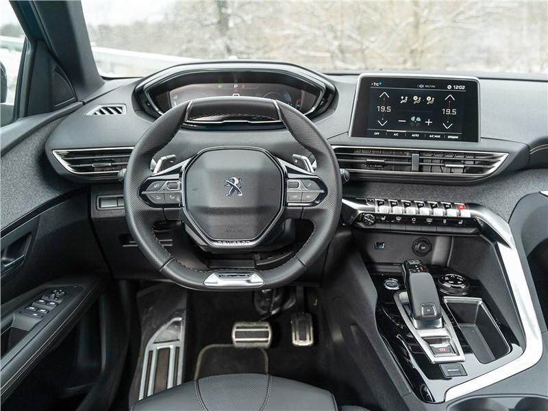 Peugeot 3008 2017 салон