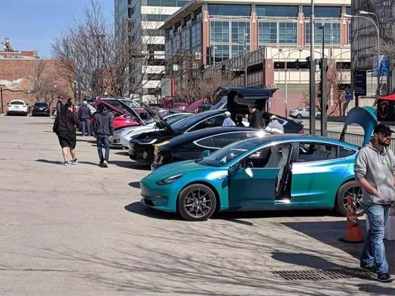 Не злите владельцев Tesla, ибо они непредсказуемы Фото Авто Коломна