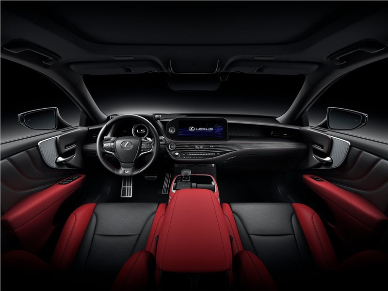 Lexus LS (2021) салон