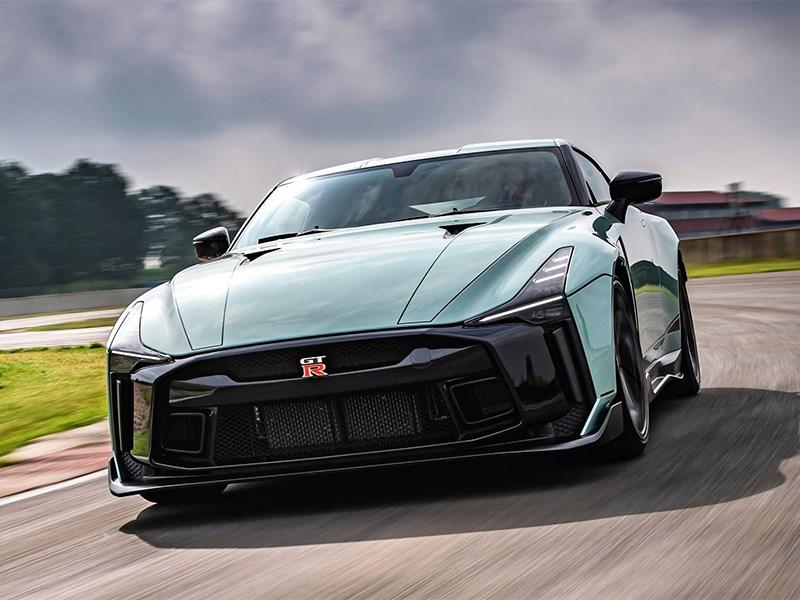 Прощальную версию Nissan GT-R оснастят 720-сильным двигателем