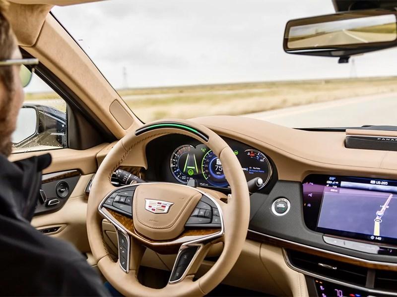 У Tesla нет лучшего в мире автопилота