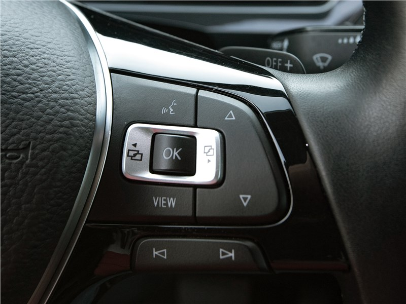 Volkswagen Tiguan (2018) руль