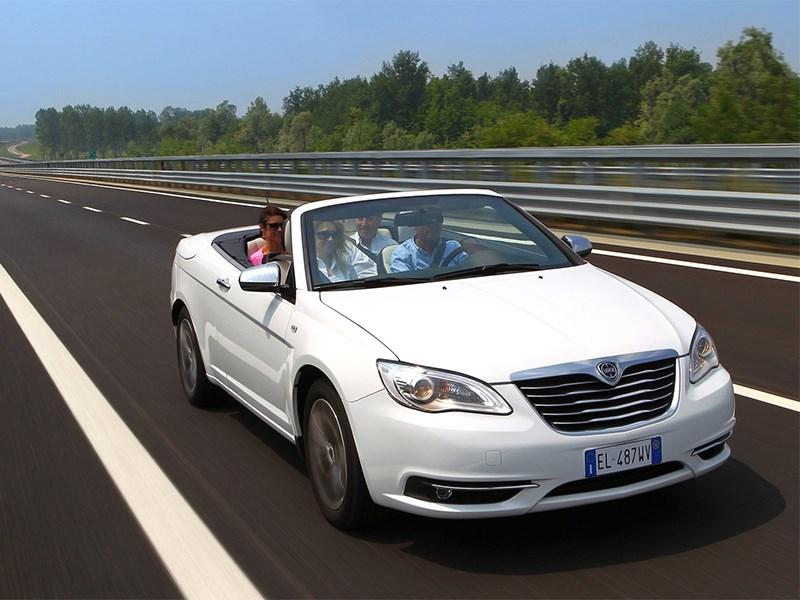 Lancia выходит в премиум