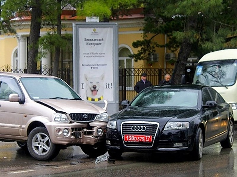 Являются ли дипломаты ответственными водителями?