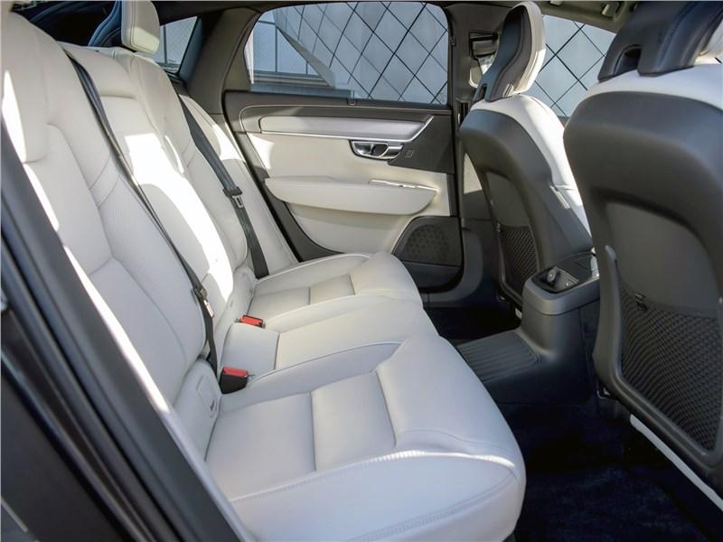 Volvo S90 (2020) задний диван