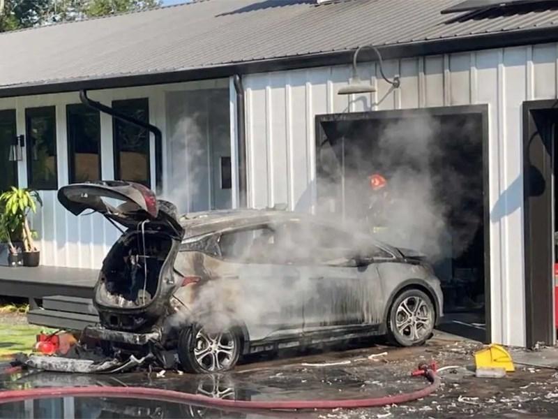 Почему горят Chevrolet Bolt?