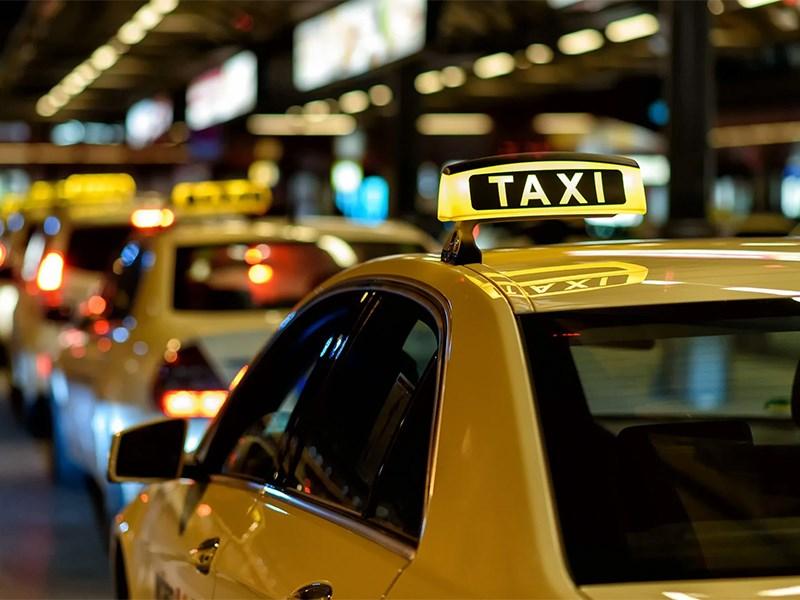 Убийцы и воры не смогут работать в такси
