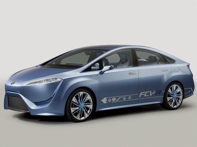 Toyota готовится показать миру серийный водородный седан