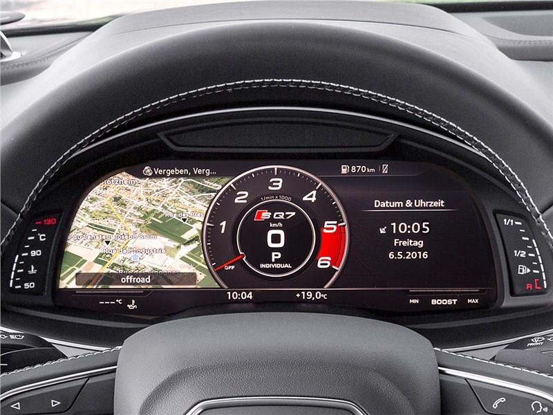 Audi SQ7 TDI 2017 приборная панель