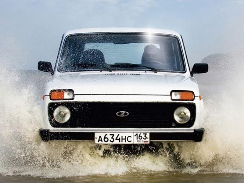 ТОП-10 самых известных кроссоверов и джипов на русском рынке автомобилей