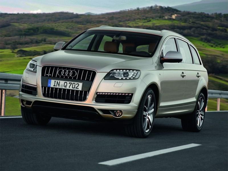Гибридная версия Audi Q7 дебютирует раньше нового поколения модели