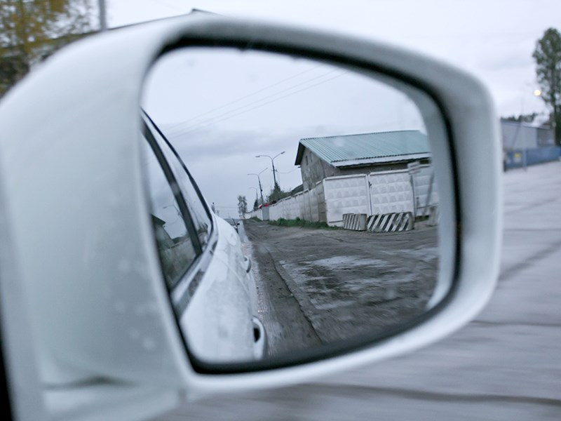 Infiniti M37 2010 боковое зеркало