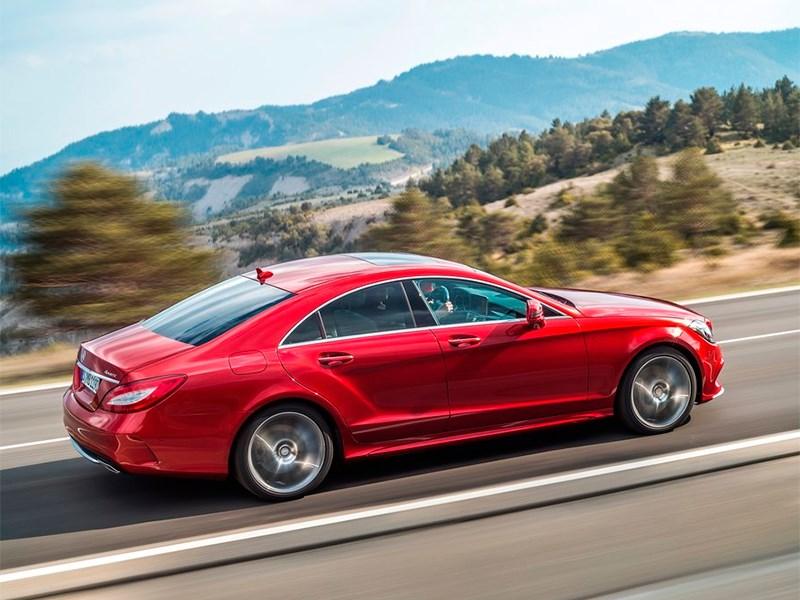 Mercedes-Benz CLS-Klasse 2015 вид сзади сбоку