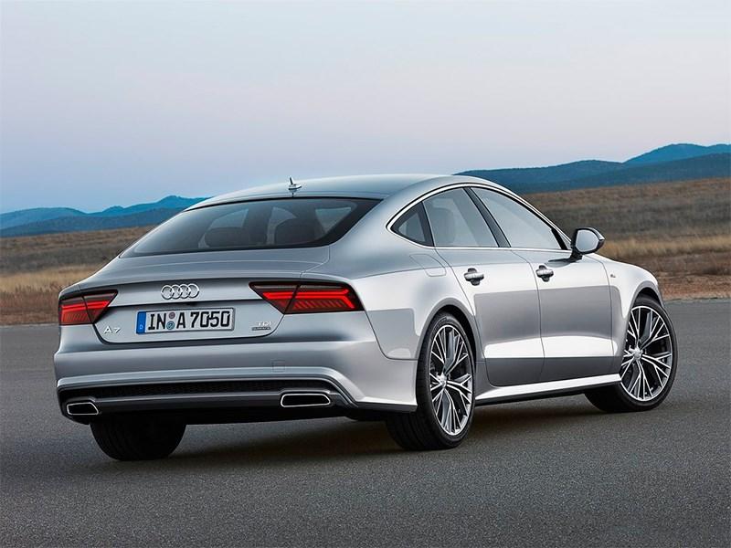 Audi A7 Sportback 2014 вид сзади сбоку