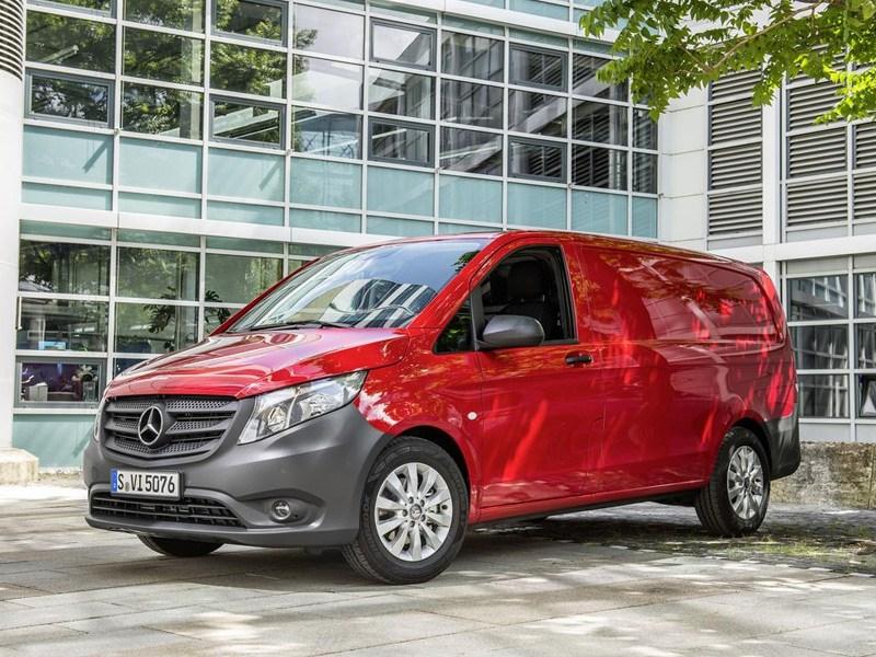 Mercedes-Benz Vito 2015 вид спереди