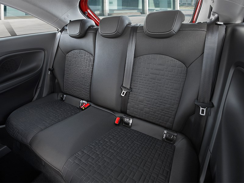 Opel Corsa 2015 задний диван