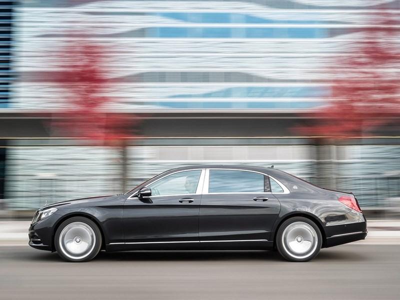 Mercedes-Maybach S 600 2015 вид сбоку