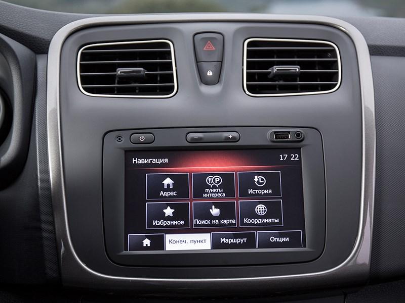 Renault Sandero Stepway 2015 монитор компьютера