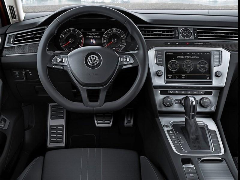 Volkswagen Passat Alltrack 2016 водительское место