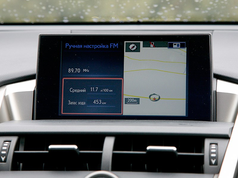 Lexus NX 2014 ЖК-монитор