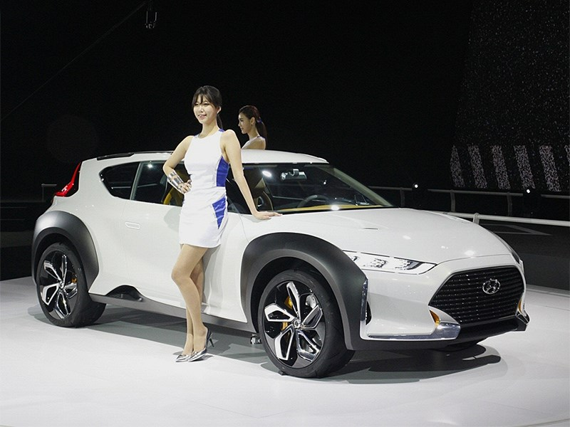 Hyundai Enduro Concept 2015 вид сбоку