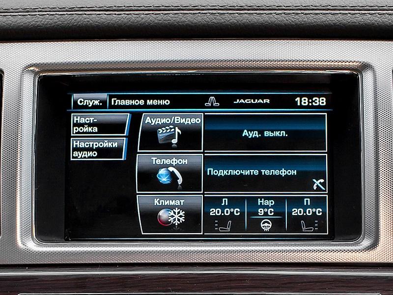Jaguar XF 2011 монитор