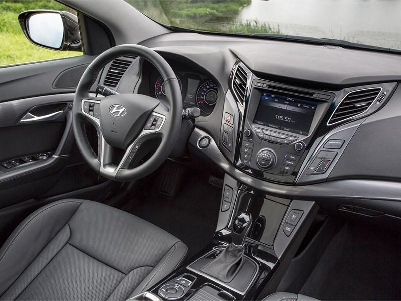 Hyundai i40 2015 салон