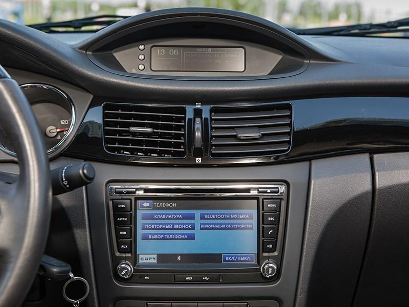 DFM S30 2014 центральная консоль