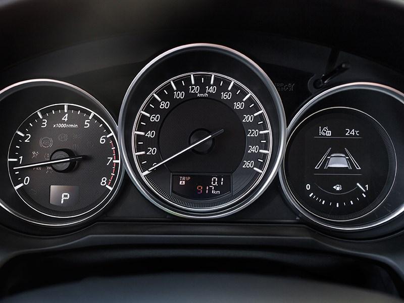 Mazda 6 2016 приборная панель