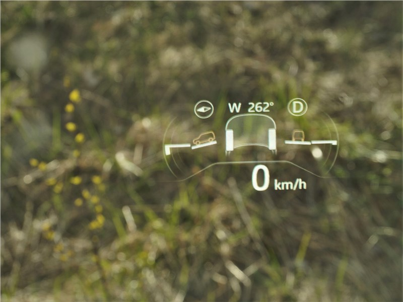 Land Rover Defender 90 (2020) ветровое стекло