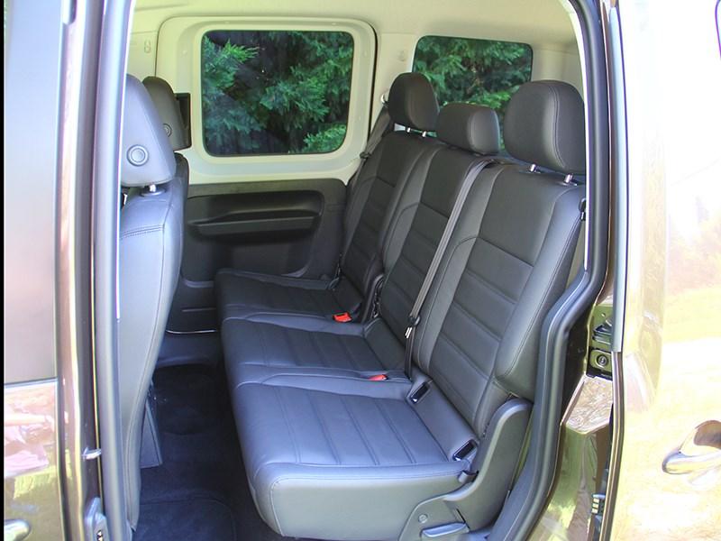 Volkswagen Caddy 2016 места для пассажиров