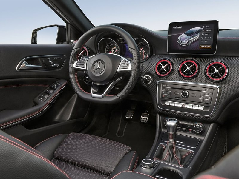 Mercedes-Benz A-klasse 2015 салон