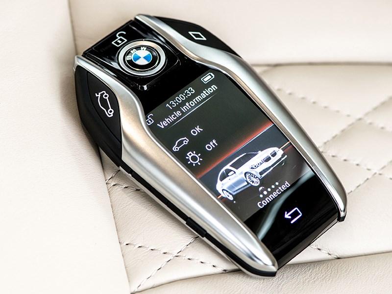 BMW 7-Series 2016 ключ дистанционного управления