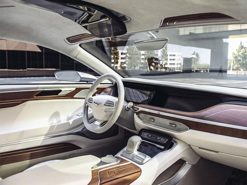 Hyundai Vision G 2015 водительское место