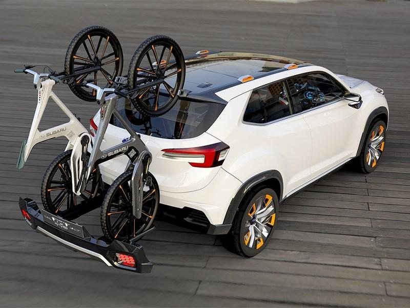 Subaru VIZIV Future Concept 2015 вид сзади сбоку