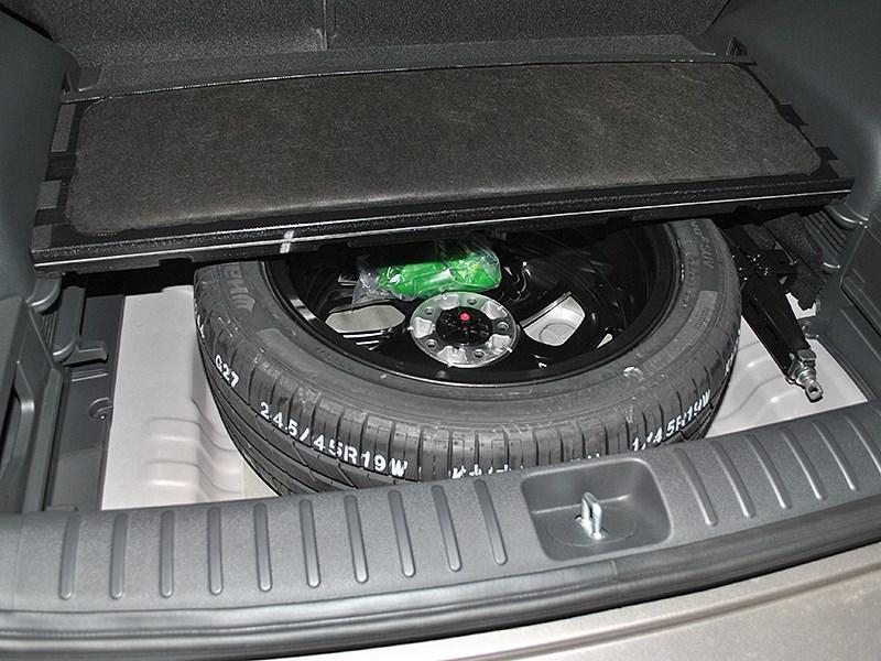 Hyundai Tucson 2016 запасное колесо