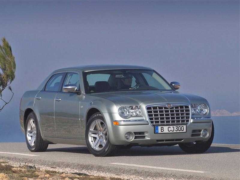 Chrysler отзывает 2 213 седанов 300C из-за смертельно опасных подушек безопасности