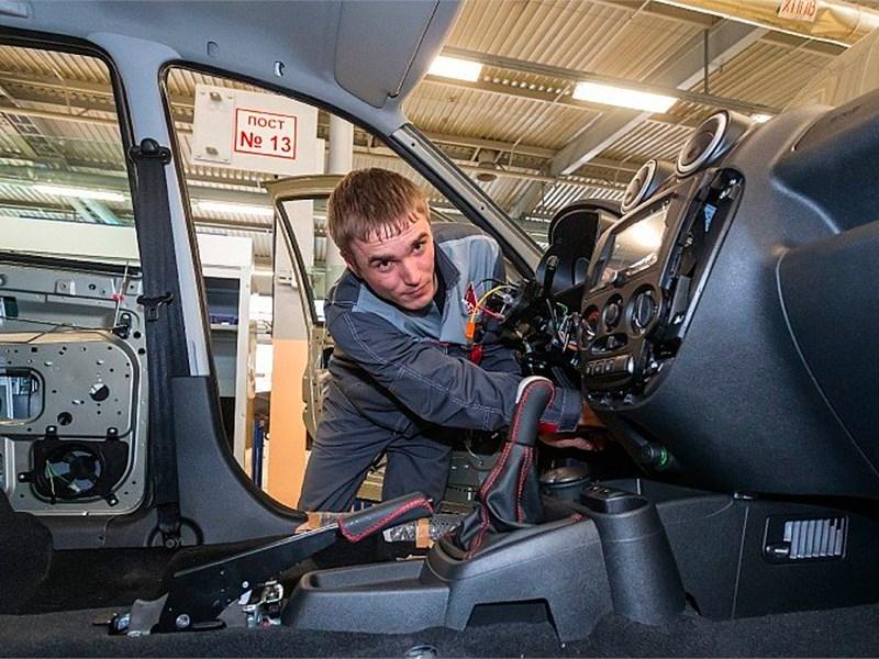 Правительство покроет долги автопроизводителей
