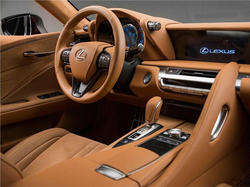 Lexus LC500 2017 салон