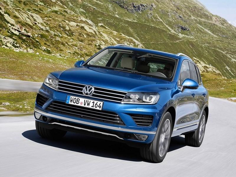 Volkswagen прекращает продажи самых дорогих версий кроссовера Touareg
