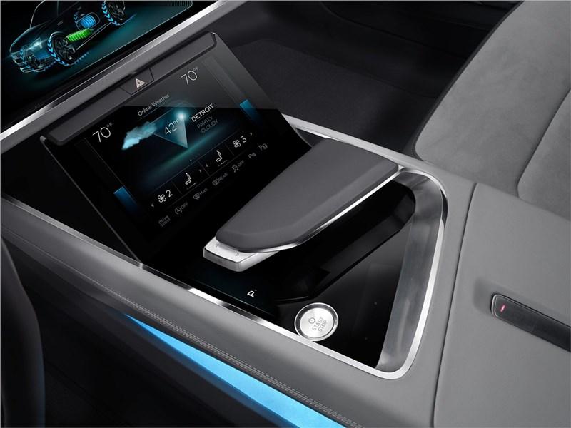 Audi h-tron quattro Concept 2016 монитор