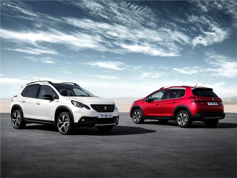 Peugeot 2008 2017 белая и красная