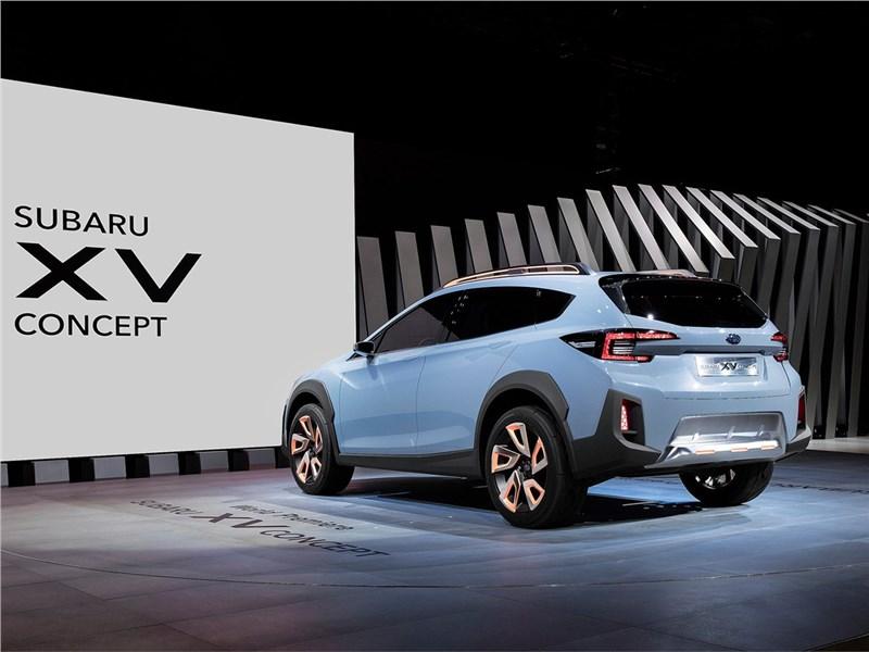 Subaru XV concept 2016 вид сзади сбоку