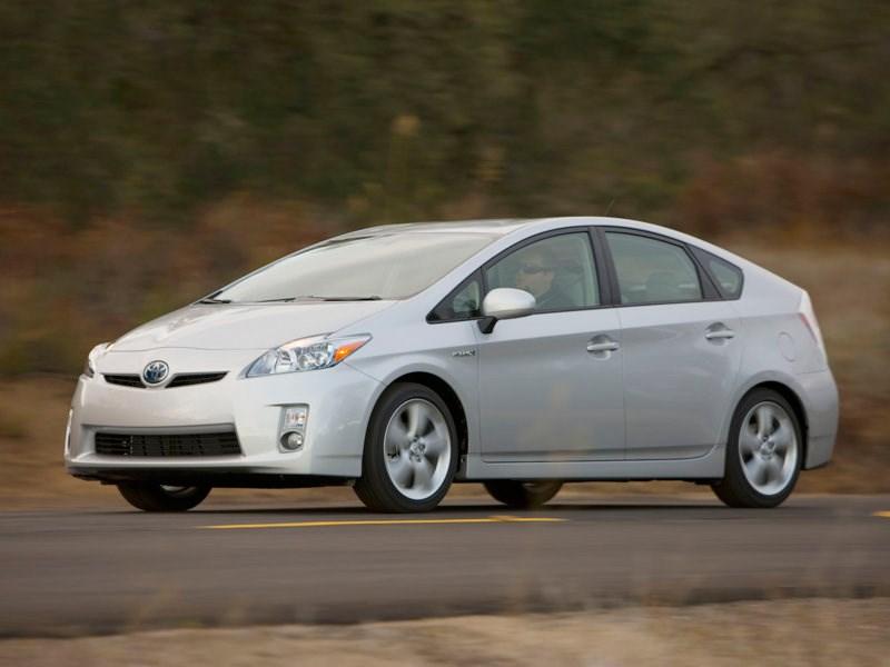 Toyota отзывает 1,4 миллиона машин для сервисной проверки подушек безопасности