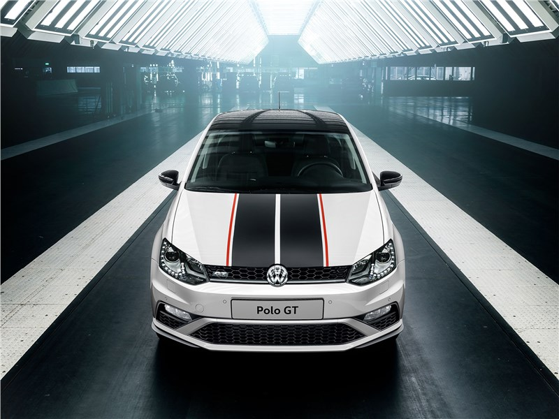 Volkswagen Polo GT 2016 вид спереди