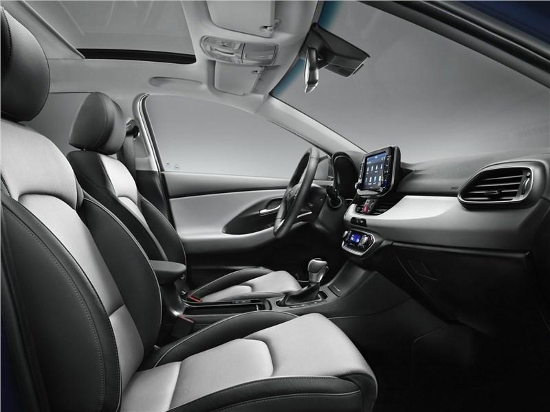 Hyundai i30 2017 передние кресла
